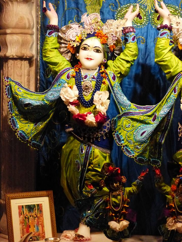 ISKCON New Govardhan Deity Darshan 01 Mar 2016 (4)