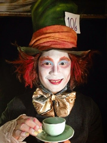 Today, I did the makeup look for The Mad Hatter, the most colorful character in the movie Alice in Wonderland directed by Tim Burton.