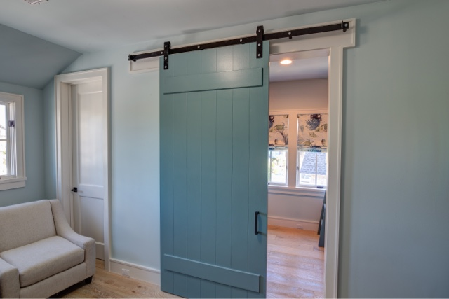 beach house reveal: sliding barn doors on