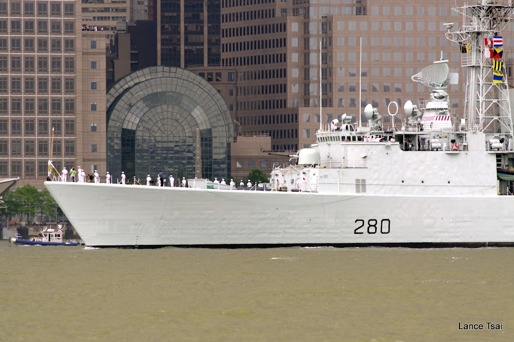 2012 美國陣亡將士紀念日艦隊遊行