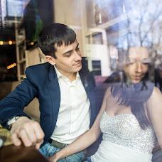 Wedding photographer Roman Bulgakov (Pjatin). Photo of 15.03.2015