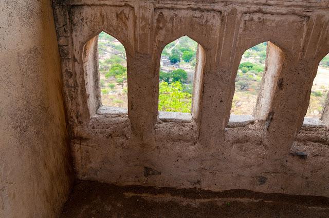 Hyderabad - Rare Pictures - 54eb82f8fe5f5f2694f75b511c16d9685edf91e7.jpg