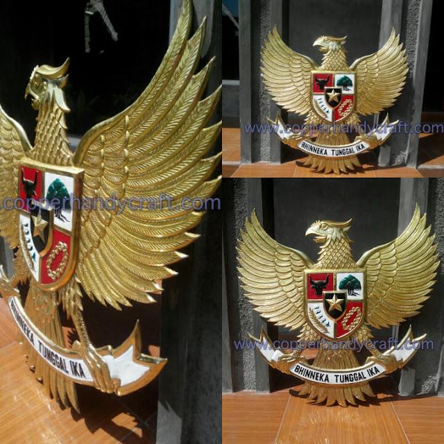kerajinan logo garuda kuningan 2dimensi