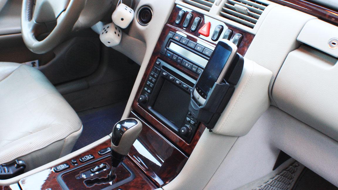Brodit proclipusa hard mounted car cradle lg v10 for Mercedes benz cell phone cradle