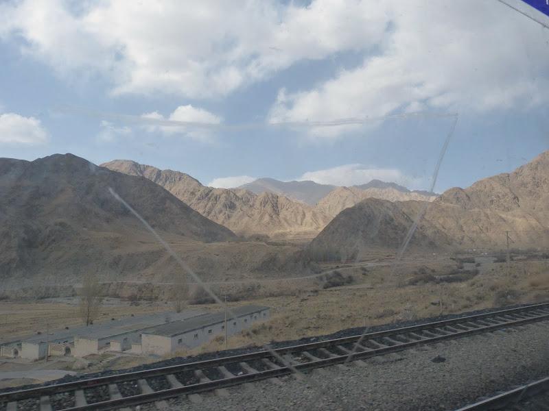 XINJIANG. 23 heures de train de Turpan a Kasghar - P1280109.JPG