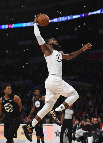 King James Wins 2018 NBA AllStar MVP in LeBron 15 KITH PEs