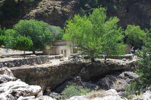 Le village de Samaria (Φαράγγι Σαμαριάς).