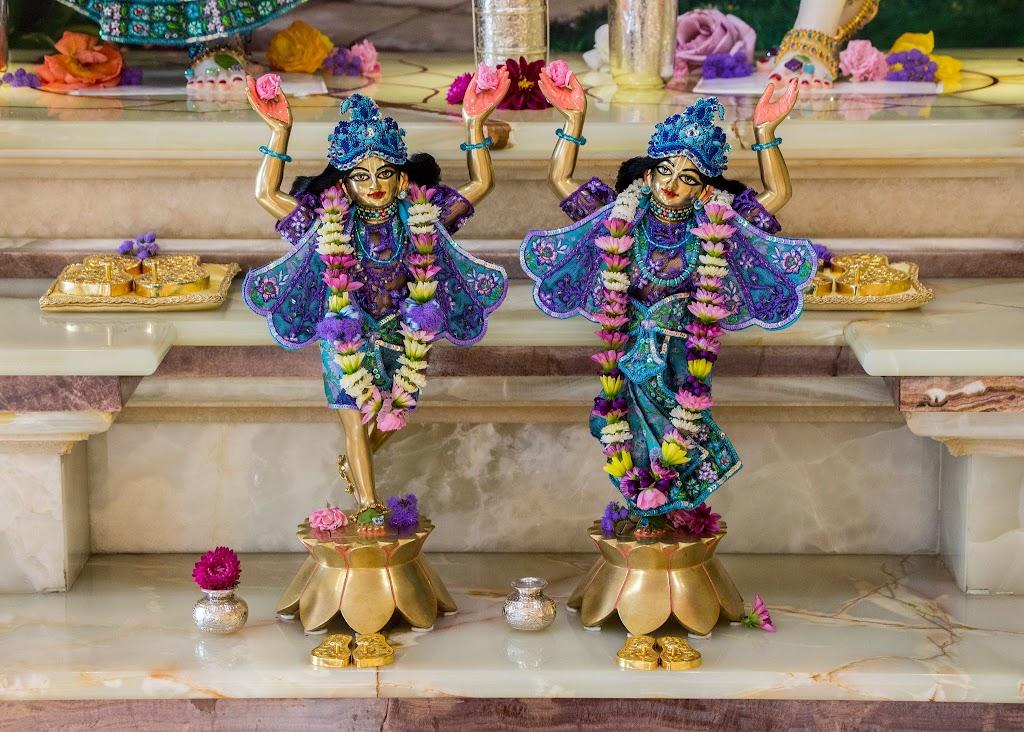 ISKCON Hungary Deity Darshan 09 Sep 2016 (6)