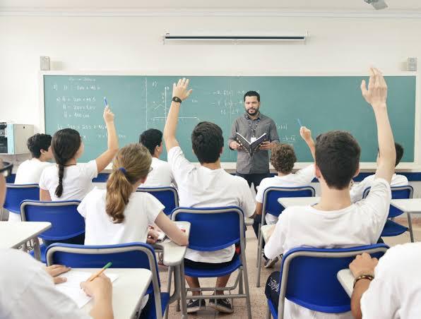 Governo de Pernambuco mantém aulas presenciais suspensas até 15 de agosto