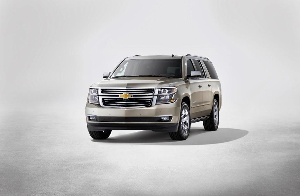 2015-Chevrolet-Suburban-front-NewYorkreveal-001