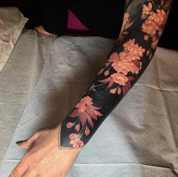 esta_cor-de-rosa_floral_manga