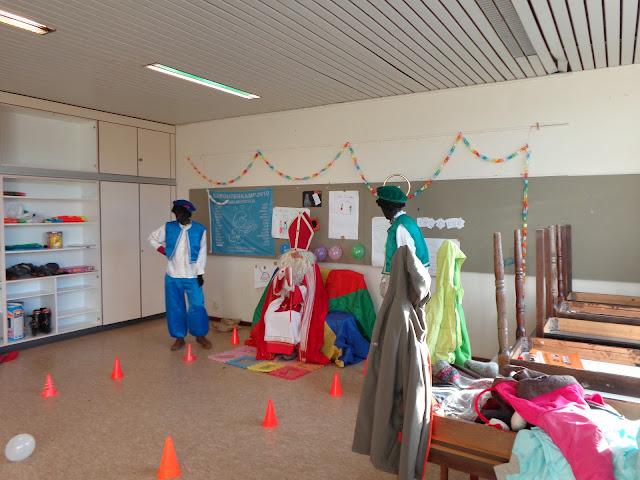 Sinterklaas op de scouts - 1 december 2013 - DSC00189.JPG