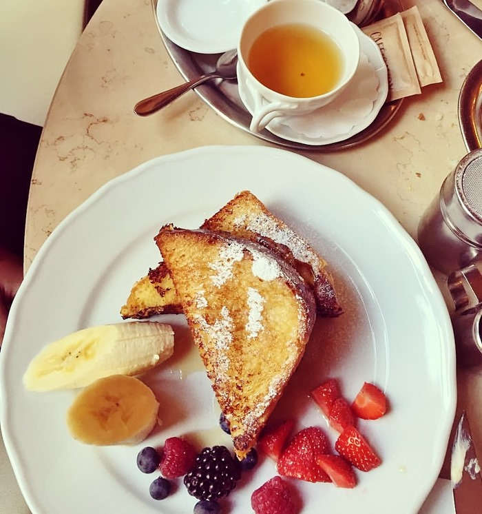 Cafe Savoy French Toast