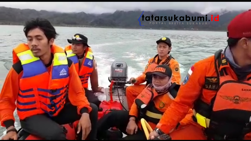 Laporan Eksklusif Proses Penyisiran Korban Tenggelam di Palabuhanratu