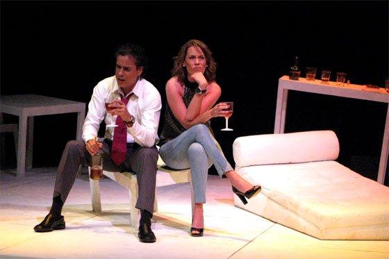 Jorge enrique abello jeabello en el teatro for Muebles abello