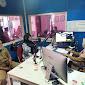 Solusi Bebas Kuota Internet, SD se-Kecamatan Ciampel Belajar Melalui Siaran Radio
