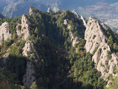 Detall de les formacions rocoses dels Bastets