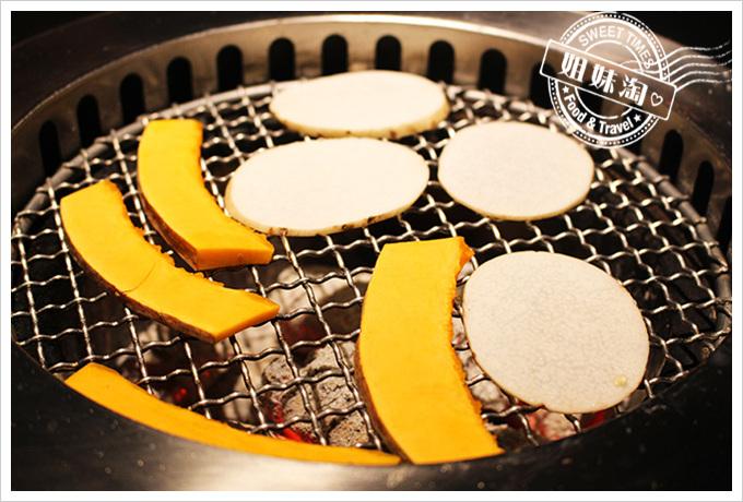 五角銀燒肉田園五行蔬菜盤