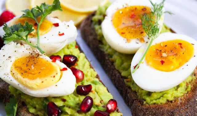 أغذية حرق الدهون في البيض