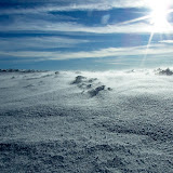 Wyjazd sylwestrowy. Mial sie skonczyc na Sniezce w 31.12 o 24 ale Wojtas sie zatrul i wrocil. Musialem sam pojsc w nocy na Sniezke. Z Karpacza wyszedlem o 16, o 19 schodzilem ze Sniezki. Do miejscowki w Przesiece dotarlem o 22:30.