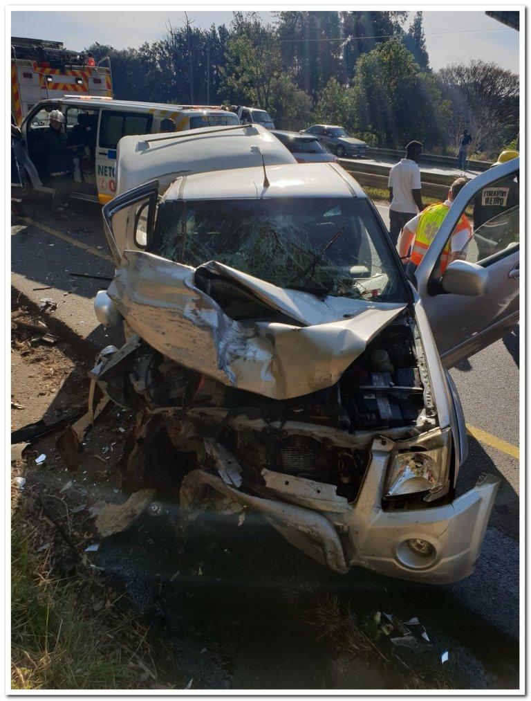 Woman dies in three vehicle pile-up in Durban 1