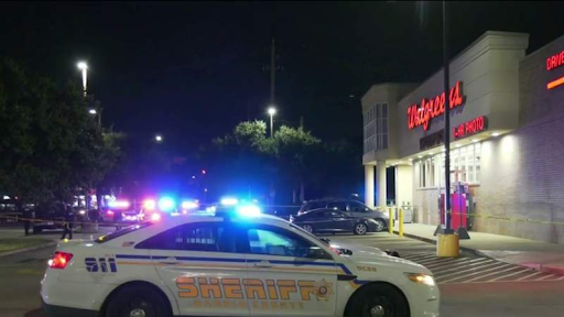 Security guard shoots man to death during altercation outside of Houston Walgreens