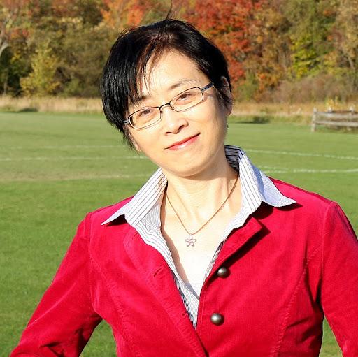 Kelly Hua