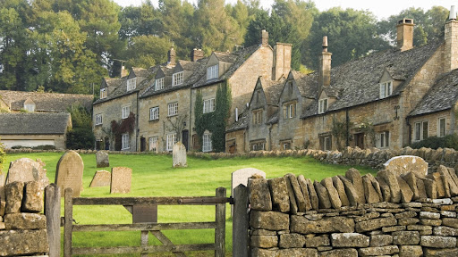 Snowshill Village, The Cotswolds, Gloucestershire, England.jpg