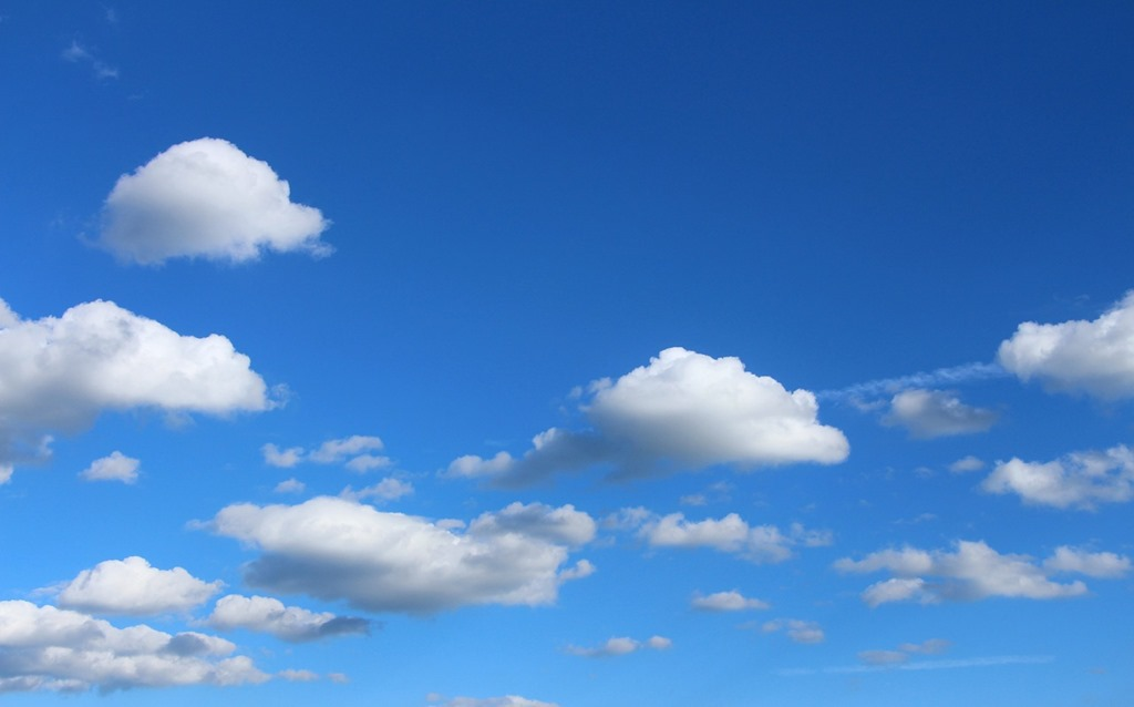[clouds-1046109_1280%5B4%5D]