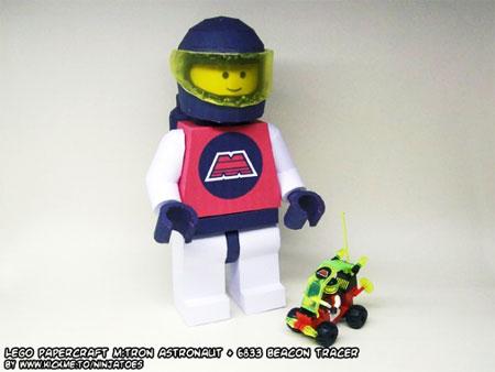 LEGO Papercraft MTron Astronaut