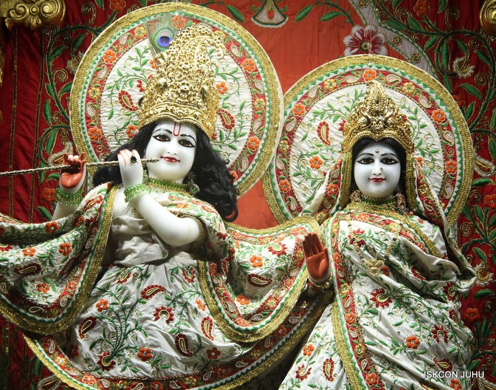 ISKCON Juhu Mangal Deity Darshan on 28th June 2016 (21)