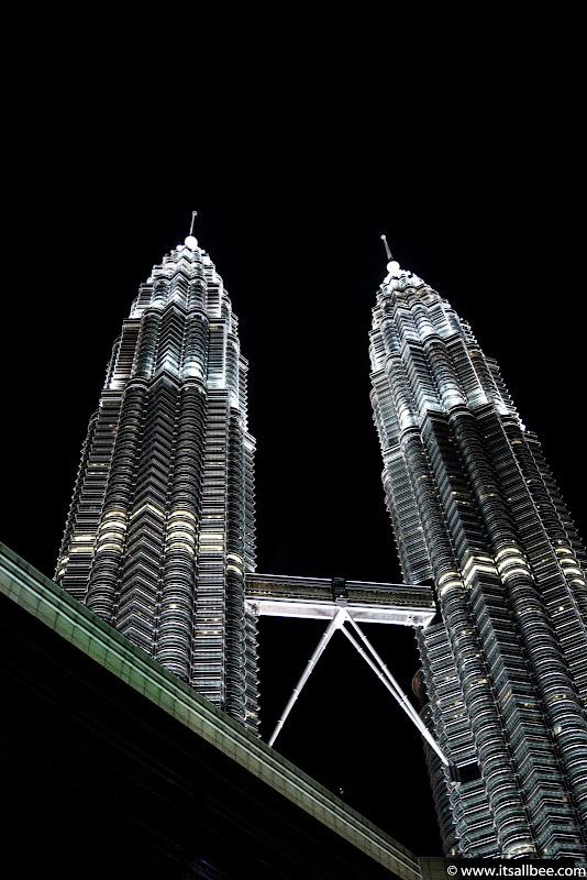 Malaysia -  Petronas Towers  - Kuala Lumpur-71