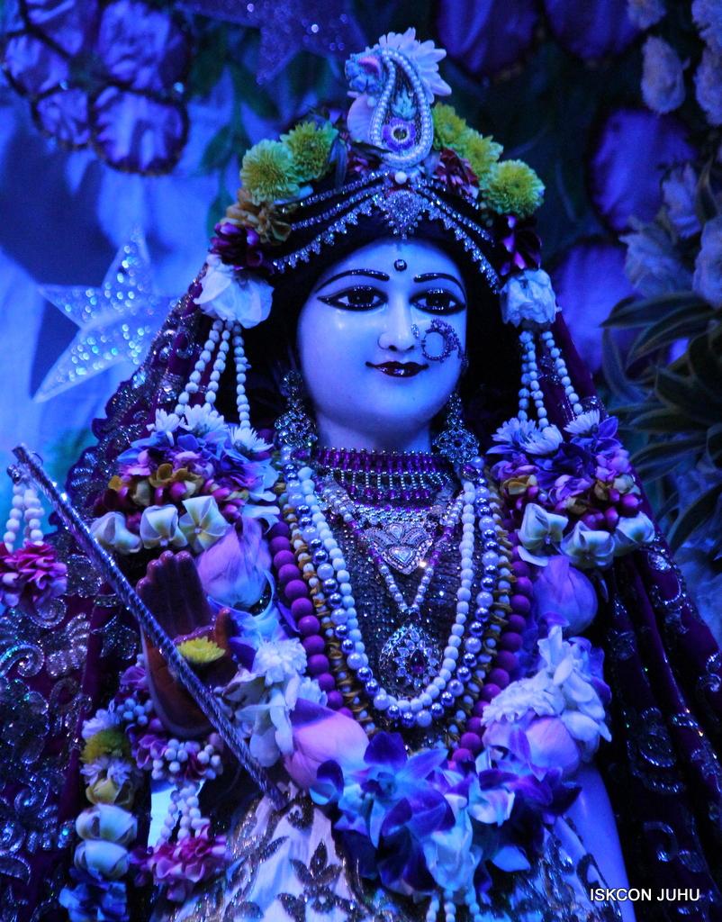 Sharad Purnima Deity Darshan on 16th Oct 2016 (22)