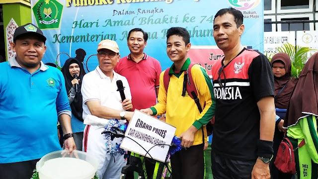 Ribuan Peserta Ikuti Fun Bike HAB Kemenag Kapuas