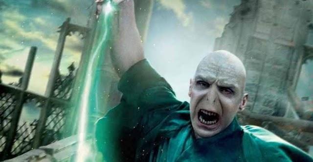 Harry Potter: 4 vezes que Voldemort se mostrou ser excessivamente poderoso