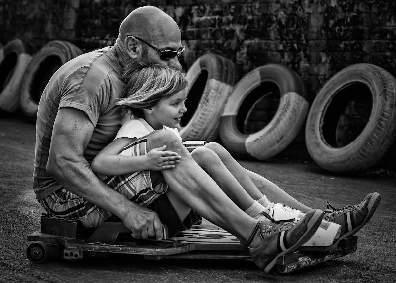 Quando i padri si divertono più dei figli di AnUseless