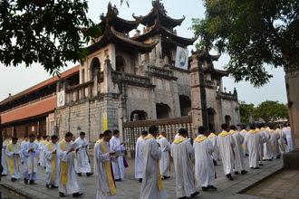Nhật ký Kỳ thường huấn linh mục đoàn Phát Diệm, năm 2016 - ngày thứ 1