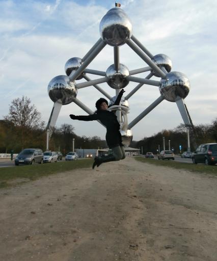 (Imagen) esa estructura famosa de atomo bruselas