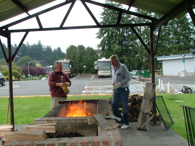2011 Salmon BBQ - DSCF5558%2B%25282%2529.jpg