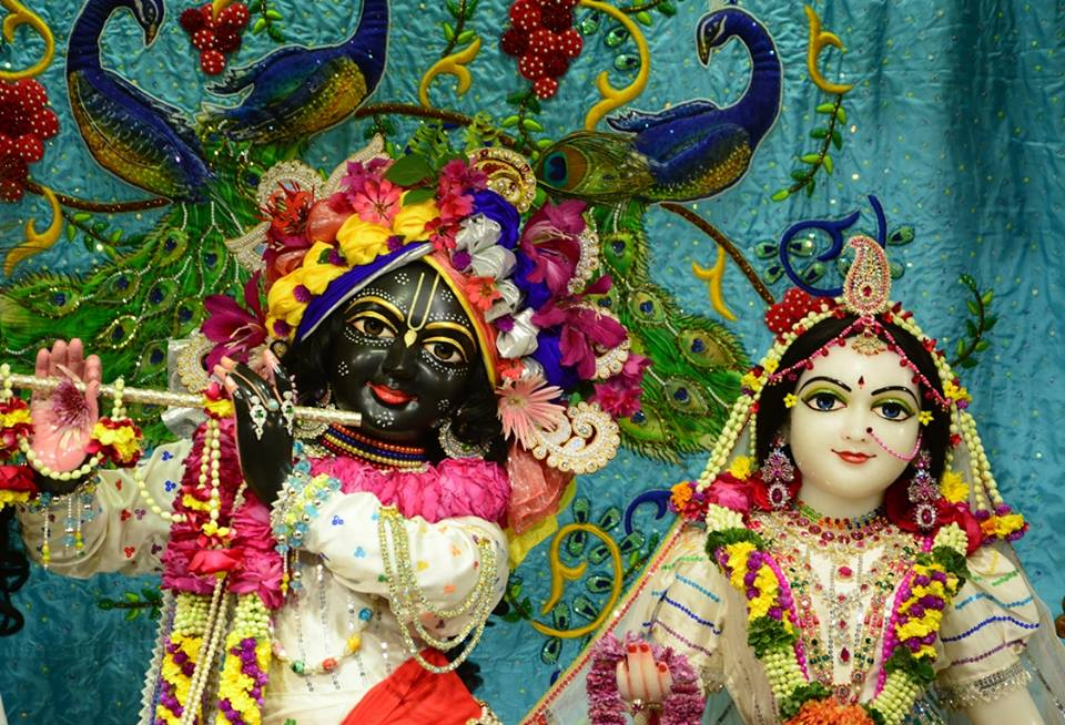 ISKCON GEV Deity Darshan 03 jan 2017 (17)