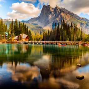 Emerald Lake by Joseph Law - Landscapes Waterscapes