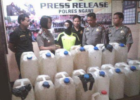 Berita dan foto penangkapan Miras Arjo Di kabupaten Ngawi