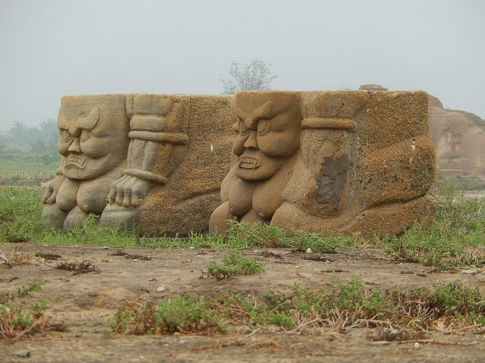 western-xia-tombs-7