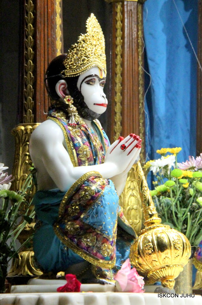 ISKCON Juhu Mangal Deity Darshan on 3rd May 2016 (13)