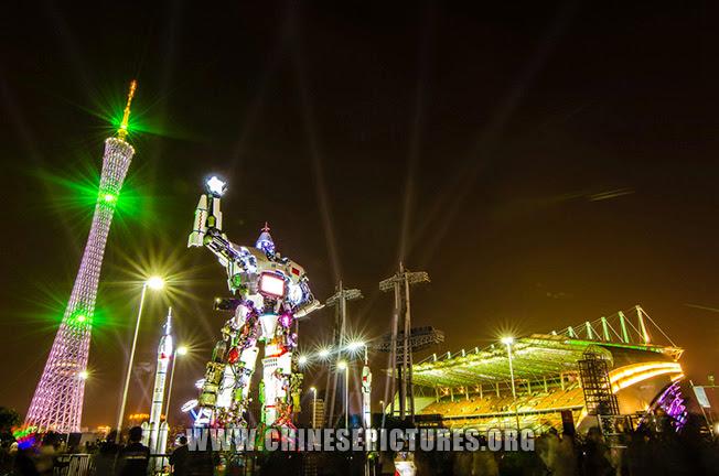 Guangzhou Tower Night Photo 4