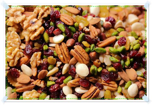 تعرف على أفضل 5 أطعمة لخفض نسبة الكوليسترول في الدم   طب الأعشاب,الكولسترول في الدم,الكلسترول - تعرف على أفضل 5 أطعمة لخفض نسبة الكوليسترول في الدم طب الأعشاب.,أفضل أطعمة لخفض نسبة الكوليسترول في الدم,كيفية تقليل نسبة الكوليسترول,الكوليسترول,علاج الكوليسترول بالاعشاب,أطعمة ومشروبات تقلل نسبة الكوليسترول في الدم,خفض نسبة الكوليسترول في الدم,تخفيض الكوليسترول في أسبوع,كيفية خفض نسبة الكوليسترول في الدم,الكولسترول,أفضل الاطعمة لتقليل الكوليسترول في الدم,أطعمة تساعد على خفض نسبة الكوليسترول