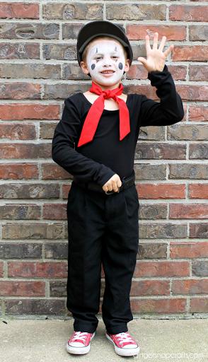 DIY Costume Blog Hop  sc 1 st  Ginger Snap Crafts & Ginger Snap Crafts: Easy Mime Costume u0026 Blog Hop