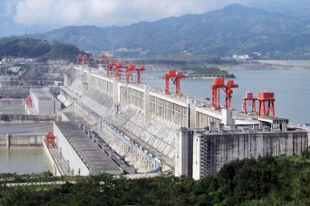 Το φράγμα Three Gorges στην Κίνα που επιβραδύνει την περιστροφή της Γης