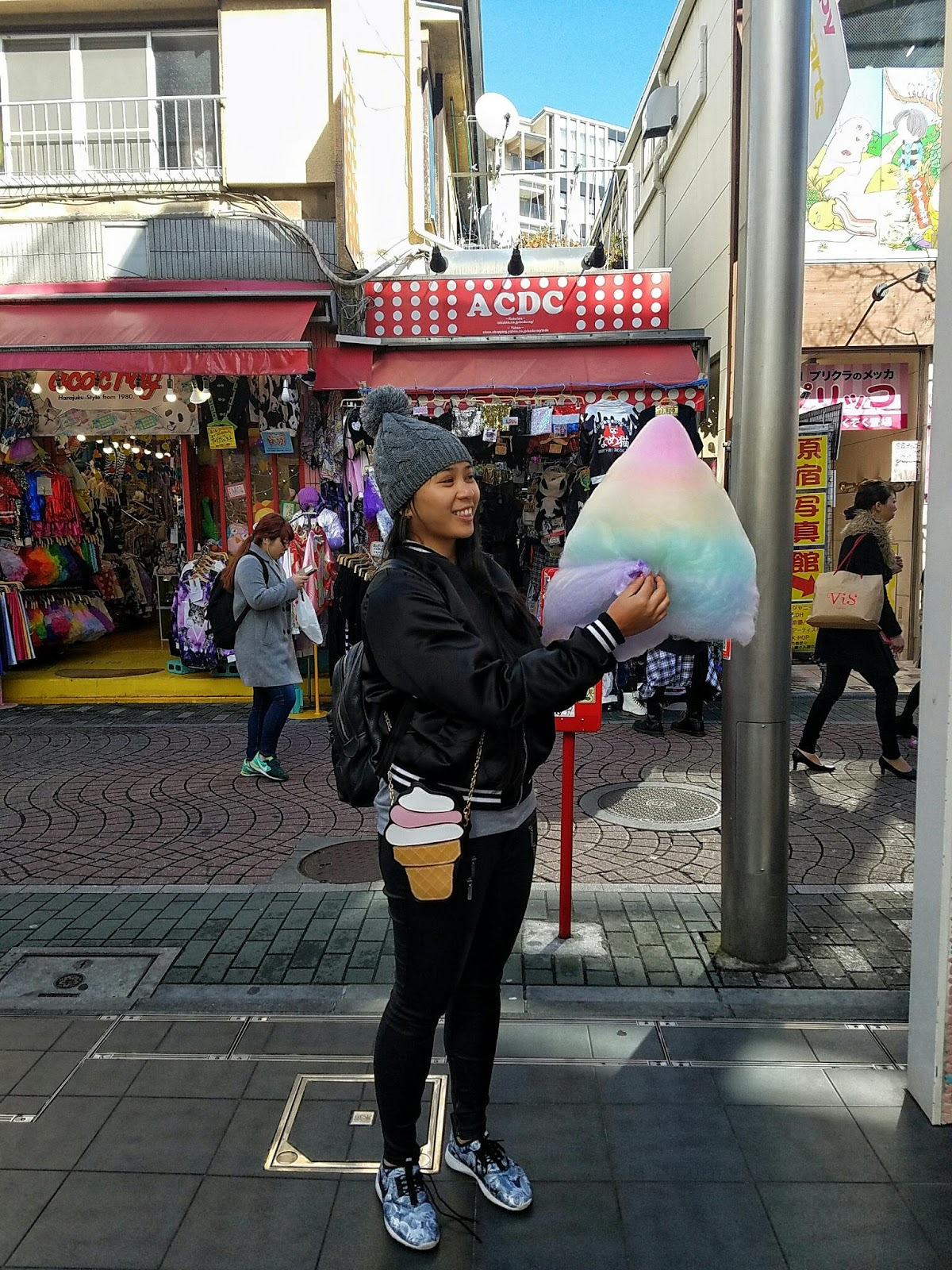tokyo Japan giant candy floss cotton candy ootd outfit nike black