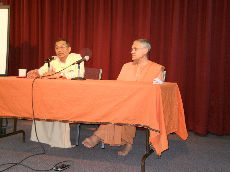 Swami Atmajnanananda joins Swami Sarvadevananda in answering questions